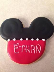 Personalized Disney theme birthday party cookies.